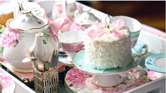 royal albert porzellan miranda kerr nostalgisches geschirr porzellan und keramik von broste. Black Bedroom Furniture Sets. Home Design Ideas